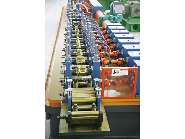 Maxtube 16 Pipe Forming Machine